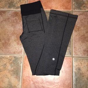 Lululemon workout yoga Pants Size 6
